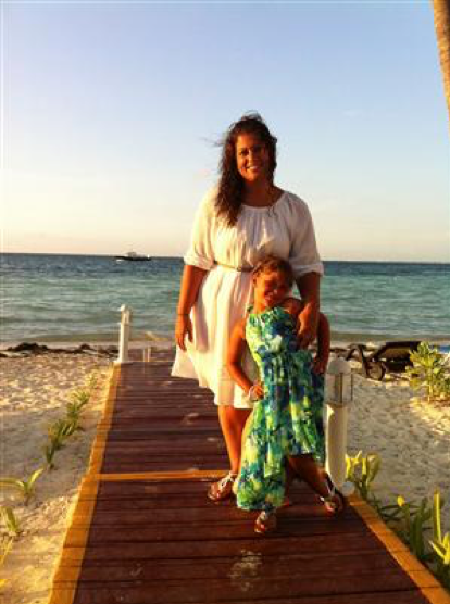 Ms. Ramos and her daughter in Cancun